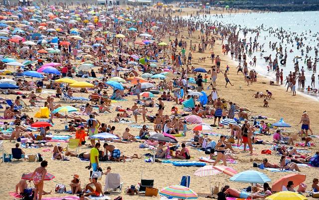 beach-654641_640